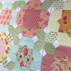This quilt (Flower Girl) in Marmalade fabric has been on my list of quilts to make and boy... I'm so happy I'm finally making it!…