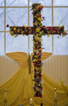 Easter Art at Immanuel, the church where most of my art profs from Wheaton attend.  Photo by Dr. Walford