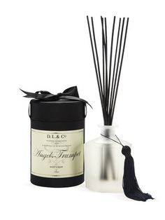 The packaging...exquisite.    Angel's Trumpet 10 Sided Diffuser by D.L.