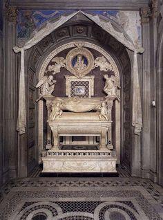 A Rossellino Tumba del Cardenal de Portugal San Miniato Florencia - Category:Cappella del Cardinale del Portogallo - Wikimedia Commons