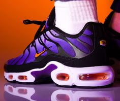 6696b92c7b0 Nike Air Max Plus OG  Voltage Purple Total Orange  2018 on feet (2
