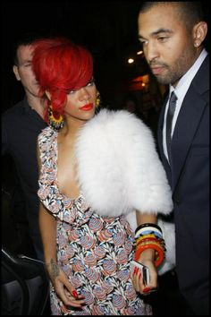 Singer Rihanna goes to dinner with her boyfriend Matt Kemp at Findi Italian resturant in Paris during Paris Fashion Week. Description from freshandfab.blogspot.com. I searched for this on bing.com/images