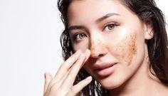 Marc de café et l'huile de noix de coco  7 conseils pour revitaliser le visage en quelques minutes