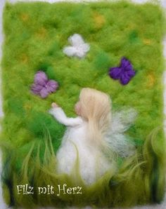 Hechos a mano Imágenes de Märchenwolle/Wollbilder/Filzbilder, así como De. Felt Pictures, Angel Pictures, Wet Felting, Needle Felting, Felt Crafts, Diy And Crafts, Waldorf Crafts, Felt Fairy, Wool Art
