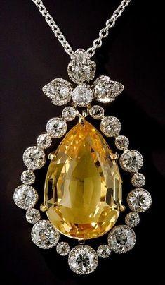 Vintage Jewelry Art Edwardian Topaz and Diamond Pendant/Lang Antiques Gems Jewelry, Jewelry Art, Diamond Jewelry, Fine Jewelry, Fashion Jewelry, Diamond Bracelets, Topaz Jewelry, Prom Jewelry, Quartz Jewelry