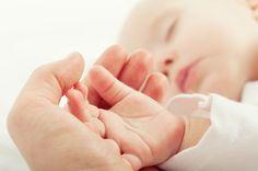 Une check-list indispensable pour l'arrivée de bébé à la maison ! Grâce à cette liste facile à imprimer, vous serez sûre de penser à tout pour accueillir bébé dans un vrai petit cocon. Des affaires de change au jeux d'éveil en passant par les essentiel du sommeil, tout est repris dans cette check-list à imprimer ! En savoir plus sur http://www.mois-pour-moi.fr/check-list-a-imprimer-le-retour-a-la-maison/#6ZHVpGfMPfcC2ZSY.99