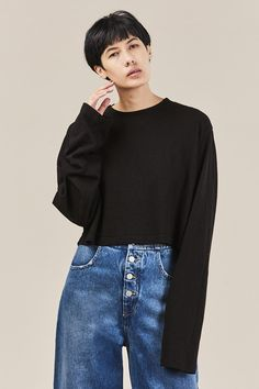 Oversized, long sleeve cropped t-shirt in soft Japanese cotton. Cotton Made in USA Kim is wearing a size S. Kim is a US 2 in dresses & bottoms, 26 in denim and S in tops. Cotton Citizen, Japanese Cotton, Crop Tee, Tokyo, Jet, Bell Sleeve Top, Turtle Neck, Denim, Long Sleeve