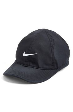 Nike  Feather Light  Dri-FIT Cap  c6c6dc691f5f