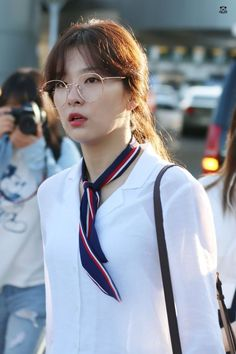 Korean Girl, Asian Girl, Kang Seulgi, Red Velvet Seulgi, Kim Yerim, Velvet Fashion, Sooyoung, Kpop Girls, Girl Group