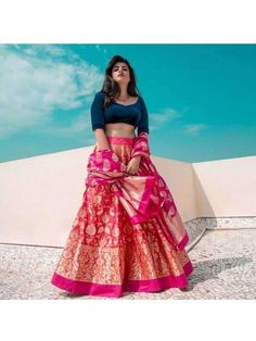 How To Work Banarasi Outfits This Wedding Season - Love And Other Bugs Dress Indian Style, Indian Fashion Dresses, Indian Designer Outfits, Fashion Outfits, Ethnic Fashion, Asian Fashion, Designer Dresses, Indian Wedding Outfits, Bridal Outfits