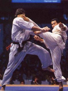 Attaque coup de pied - Karate
