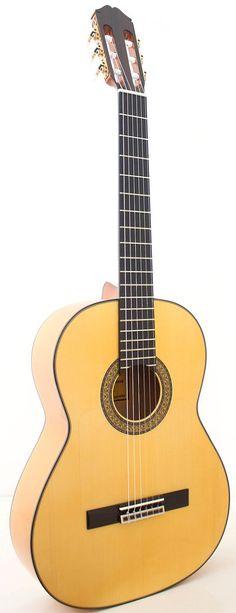 Guitarra Raimundo 145 Blanca Side