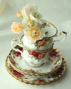 Royal Albert and Roses ♥