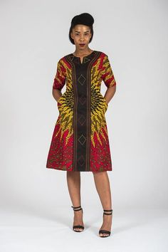 african fashion dresses which looks amazing! African Fashion Designers, African Inspired Fashion, African Dresses For Women, African Print Dresses, African Print Fashion, Africa Fashion, African Attire, African Wear, African Fashion Dresses