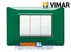 Placca 3 posti Vimar Plana 14653.47 #vimar #seriecivile #plana #prezzoplacce #arredare #arredamento #design #illuminazione #interni #emmebistore #placca #reflex #verde