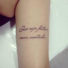 Por Afonso júnior A.S TATTOO STUDIO #tattooescrita #tatuagenscaligraficas #tatuagensinspiradoras #tatuagensfemininas #qualidade #everlastink #eletricink