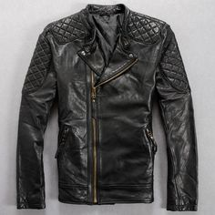 Leather Jacket Japan - Leather coats have gained status. Short Leather Jacket, Mens Leather Coats, Biker Leather, Leather Jackets, Jacket Style, Biker Style, Riders Jacket, Jacket Men, Wind Jacket
