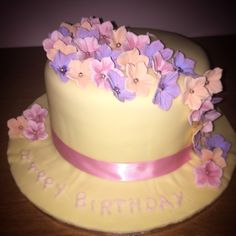 Spring flowers birthday cake Kokos Cupcakes, Birthday Cake With Flowers, Spring Flowers, Desserts, Tailgate Desserts, Deserts, Dessert, Spring Colors, Food Deserts