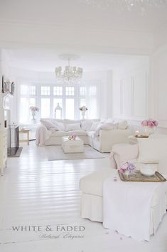 Beautiful White Shabby Chic Living Room Decoration Ideas 45