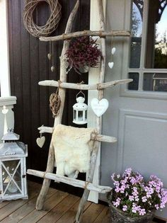 (pallet ideas for outside back porches)
