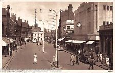 Market Place High Street showing Cawdells Watford, British History, Old Pictures, Great Deals, My Childhood, Coffee Shop, England, Street View, Statues