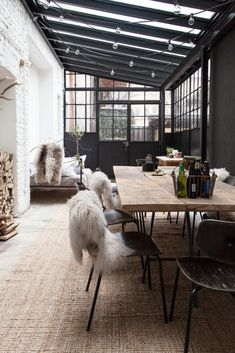Factory turns home with great, industrial interior - Roomed
