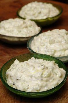 Tzatziki, Yogurt Salad Dressings, Sin Gluten, Chutney, Feta, Cucumber, Tapas, Brunch, Cooking Recipes
