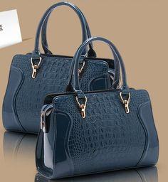 Hot Sale New 2014 Fashion Desigual Brand Crocodile Women Handbag Leather  Shoulder Bags Women Messenger Bags · Módní KabelkyDámská Móda 0decf69aff6