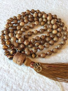 Tiger's Eye Wenge Wood Mala Necklace, 108 Mala Beads, Buddhist Mala Prayer Beads, Yoga Jewelry, Meditation Beads, Tibetan Mala, Japa Mala