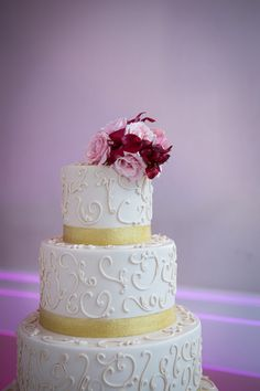 15 Wedding Cakes That (Almost) Look Too Good To Eat! - New Jersey Bride