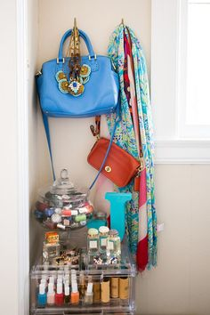 Gal Meets Glam blogger, Julia Engel, shows you how to organize your favorite accessories.