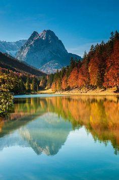 Lake Riessersee, Bavaria, Germany