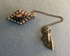 10k-Alpha-Delta-Pi-Fraternity-Sorority-Pin-With-Pearls-And-Chain-L-K