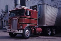 The oldies box cam up with a couple more gems, this Kenworth for B & B was loading at the old Wisconsin Packing plant on the south side of down town Milwaukee, Wisconsin in June of 67. The Bristol brothers had a sweet fleet. This KW was brand new when I lensed it. By the way, I used to ride in this one ytoo.