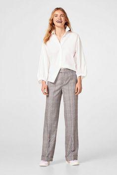 EDC BY ESPRIT Weite Stoff-Hose mit Glencheck für 59,99€. Weite Stoff-Hose mit Glencheck, Kombinationsstarker Klassiker! Diese Hose wird bei OTTO