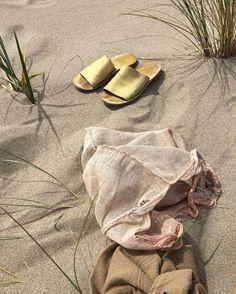 """538 Likes, 22 Comments - Laura Schoorl (@lauraschoorl) on Instagram: """"Beachy"""""""
