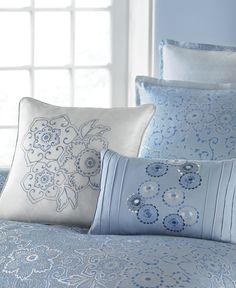 Martha Stewart Collection Periwinkle Dream 4 Piece Twin Comforter Set