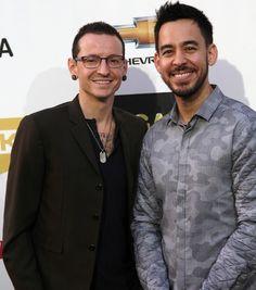 Linkin+Park's+Mike+Shinoda+Talks+Chester+Bennington+Memorial+Nerves