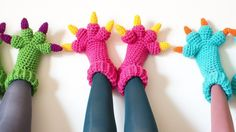 Adorable crochet monster slippers by the extremely talented KnitsForLife. Roar!