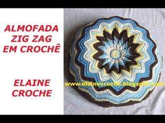 Neuma Nascimento shared a video Crochet Diy, Crochet Home Decor, Crochet Mandala, Crochet Motif, Crochet Designs, Crochet Pillow Pattern, Crochet Cushions, Crochet Patterns, Crochet Purses