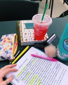 Study inspiration and motivation, College Motivation, Vie Motivation, Study Motivation, School Goals, School Study Tips, School Hacks, Study College, School Tips, Study Organization