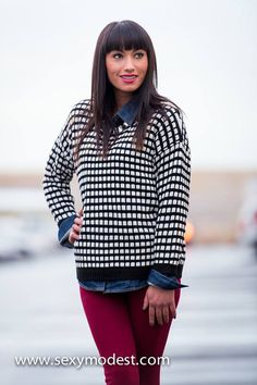 Fashionista Sweater- Loving all the layering. www.sexymodest.com #smbfaves