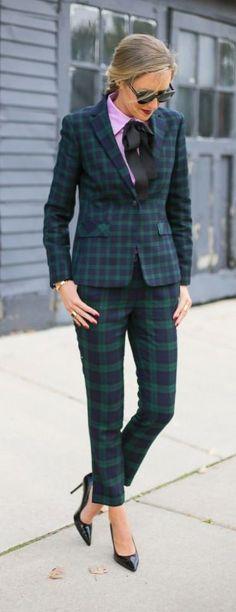 на осень прямые-зауженные брюки