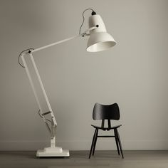 GIANT 1227 - Lampadaire Beige Anglepoise