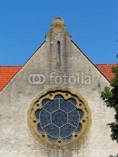 Rosettenfenster der evangelischen Kirche in Helpup bei Oerlinghausen im Kreis Lippe