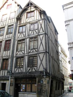Oldest House in Paris, Le Marais. We filmed my episode of House Hunters International here. It actually has an elevator in the building. Not sure how I feel about that. Photo: Ron Gunzburger.
