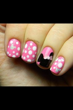 Disney nail designs for short nails My Disneyland Nails - Minnie Mouse Inspired! Fancy Nails, Love Nails, How To Do Nails, Pretty Nails, My Nails, Pink Nails, Chevron Nails, Disneyland Nails, Disneyland Trip