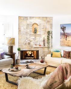 Designer: Bronwyn Poole / Touch Interiors. My first California project where I enjoyed mixing it up with vintage finds and earthy textures. A muted sun faded palette was employed to harmonize with the golden Cali sunlight and my love for the surrounding desert terrain.