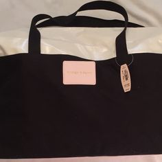 🎀Victoria Secret Weekender Large Pink White & $99.00. No tag! We buy 98% from small shop auctions all over the USA. Our Treasures are: >Rare and can not be replaced; >Pre-owned/Used; >Have a Patina due to Age/Wear/Use; >(New unused Treasures are Noted); >Description= (See Pics (Zoom is Available)). We are not experts/Jewelers/Gemologists/Historians/Authenticators. Review pics for any/all defect or deficiency. Please review All Pics carefully and ask questions prior to purchase. All Items…