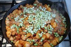 Brassói aprópecsenye készítése 24 Kung Pao Chicken, Beans, Vegetables, Ethnic Recipes, Food, Essen, Vegetable Recipes, Meals, Yemek